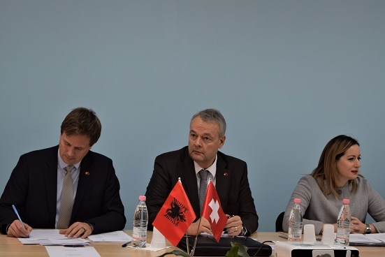 Swiss Ambassador in Albania Adrian Maître (centre) and Albania's Deputy Prime Minister Senida Mesi (right) at the 2nd Advisory Board meeting of RisiAlbania.