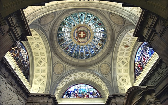 Image of the inside of the dome of the Swiss Parliament
