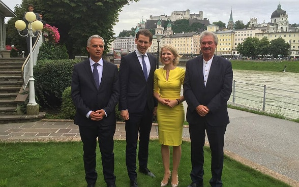 Federal Councillor Didier Burkhalter with the foreign ministers of Austria, Liechtenstein and Luxembourg, Sebastian Kurz, Aurelia Frick, and Jean Asselborn, at their meeting in Salzburg. © FDFA