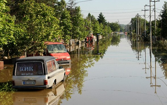 A flooded street in Obrenovac in Serbia in May 2014